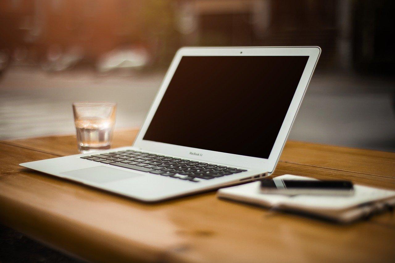Laptopy wyposażone w USB-C
