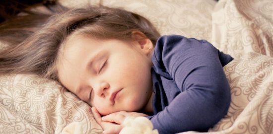 Trądzik u niemowlak – jak sobie z nim radzić?